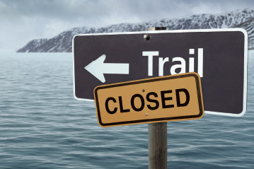 Sign for closure of hiking trail